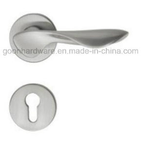 High Quality Zinc Alloy Door Handle on Rose - 239 pictures & photos