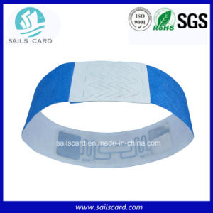 Shenzhen Supplier Tyvek Wristbands with Barcode pictures & photos