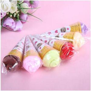 Zhejiang Sandwich Microfiber Cake Towel Cheap Door Gift pictures & photos