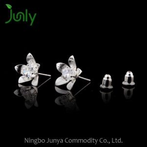 Stud Earrings in Bulk White Zircon Stone Earrings pictures & photos