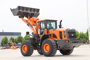 Yx657 5 Ton Large Wheel Loader with Cummins Engine and Zf Transmission pictures & photos