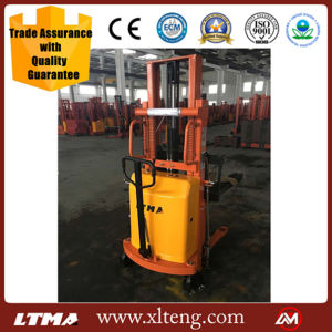 2 Ton Semi Electric Pallet Stacker with 2m Lifting Height pictures & photos