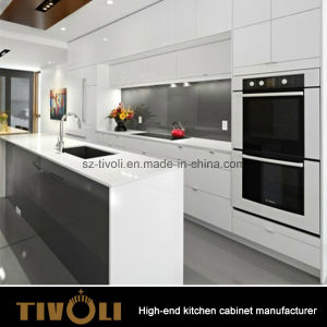 Beautiful Gloss White Plain Cabinet Design Kitchen Furniture (AP149) pictures & photos