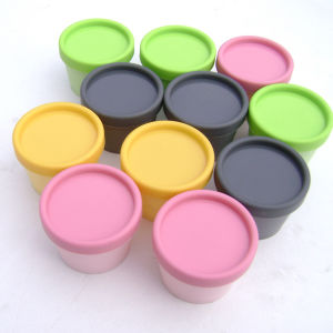 Manufacture Colored Cosmetic Packaging Plastic Jar and Bottle (NJ106) pictures & photos
