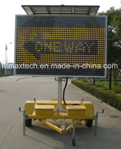 High Quality Large Size Amber Color Variable Message Traffic Sign with Both Onside and Remote Control pictures & photos