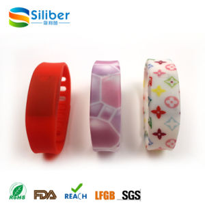 Wholesale Silicone LED Watch Kids Reminder Sport Watches with Date pictures & photos