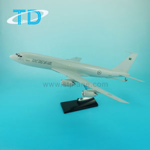 Boeing Tanker B707 Resin Model Plane pictures & photos