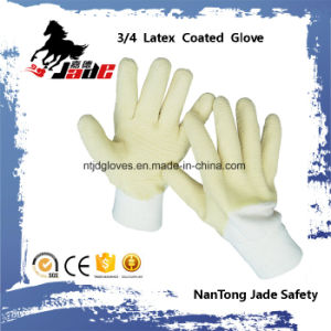 Cotton or Jersey Liner with 3/4 Yellow Latex Crinkle Finished Safety Cuff Gloves pictures & photos