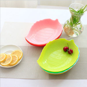 PP Eco Material Leaves Shaped Plate (YK-P3027) pictures & photos