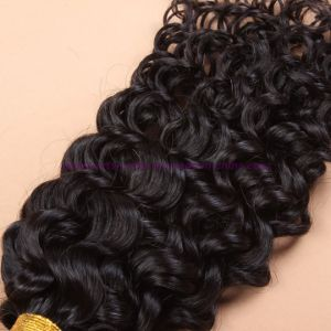 Brazilian Virgin Hair with Closure Beach Waves 4X4 Lace Closure with Bundles Deep Curly Water Wave Human Hair Weaving with Bundles pictures & photos