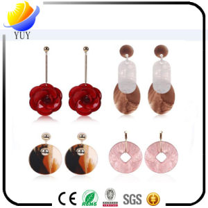 2017 New Arrival Beautiful Flowers Lady Acrylic Earrings pictures & photos