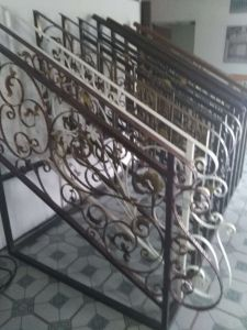 Decorative Wrought Iron Fence Design FF-006 pictures & photos
