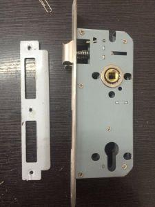 Zinc Alloy Door Handle Lock (A85-19) pictures & photos