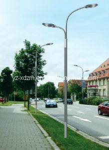 Hot DIP Galvanized Road Lights Pole pictures & photos