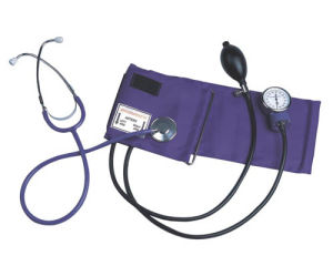 Hospital Aneroid Sphygmomanometer with Stethoscope pictures & photos