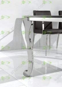 (ST-091) Home Furniture Modern Tempered Glass Dining Table pictures & photos