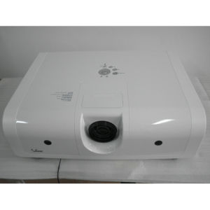 Projector 7000 Lumens XGA(1024x768)