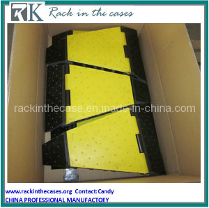 Rk Corner Guard. Portable Cable Ramp. Speed Bump pictures & photos
