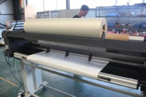Pneumatic Hot Laminator with Cutter pictures & photos
