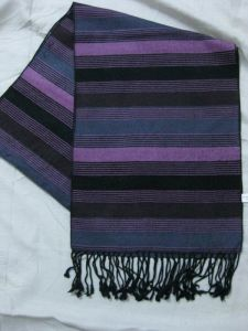 New Design Men′s Fasion Viscose Scarf (081) pictures & photos
