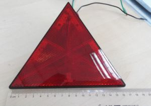 Tail/Stop/ Reflector Lamp for Truck/Trailer/Bus with E4 CCC Certification Lt-103 pictures & photos