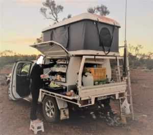 4WD Jeep Rooftop Tent 4X4 Truck Camper Vehicle Trailer Roof Top Tent pictures & photos