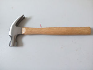 8oz American Type Wood Handle Claw Hammer