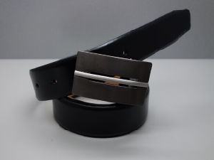 New Style Fashion Men′s Genuine Leather Belt (EUBL1431-35) pictures & photos