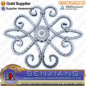 Fence Ornamental Wrought Iron Flower Panels pictures & photos