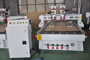 Alibaba Best Sale 1530 CNC Router with 2 Spindles pictures & photos