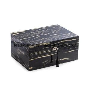 High Quality Wood 100-Cigar Humidor Cedar Cigar Case pictures & photos