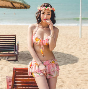Three Piece Flower Pink Anti-UV Skirt Shine Pretty Stock Bikini pictures & photos