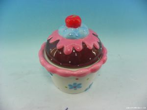 Creative Ceramic Cup Cake Storage Jars Candy Box for Decor pictures & photos