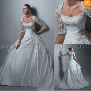 Lace Taffeta A-Line Square Neck Short Lace Sleeves Wedding Dress (H1301) pictures & photos