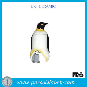 Mother and Small Penguin Giftware Ceramic Jar pictures & photos
