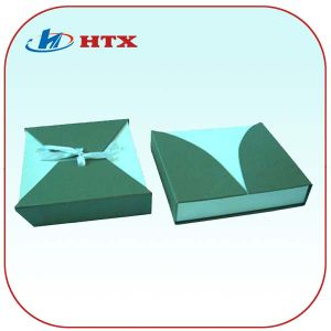 Folding Middle Size Cardboard Paper Gift Box