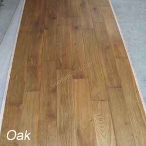Carbonized Hardwood Flooring Solid Oak Flooring with Natural Color /Wood Floor pictures & photos
