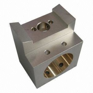 OEM Box CNC Machining/Machined/Forged Parts/Auto Parts pictures & photos