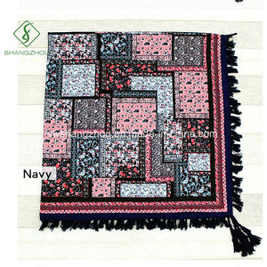 Wholesale Twill Cotton Square Floral Puzzles Printed Shawl Tassel Fashion Scarf pictures & photos