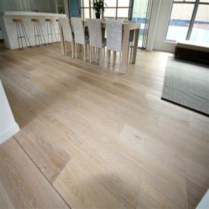White Washed Engineered Oak Wood Flooring Hardwood Flooring pictures & photos