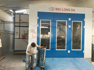 Auto Spray Paint Booth with Water Based Paint System Wld8400 pictures & photos