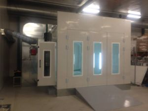 Energy Saving Spray Painting Chamber pictures & photos