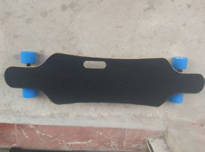 4 Wheel Electric Skateboard with Portable Handle pictures & photos