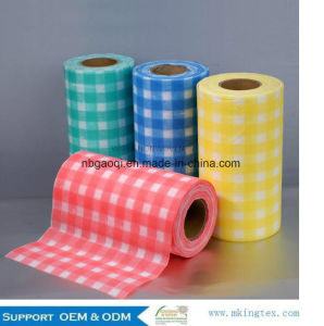 Top Sale Guaranteed Quality Printed Non Woven Cleaning Wipes pictures & photos