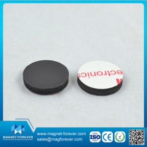 Roll and Surface Release Paper or PVC of Rubber Flexible Magnets pictures & photos