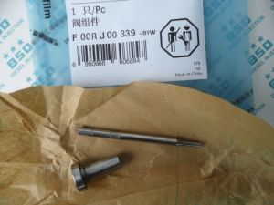 Bosch Common Rail Injector Valve F 00R J00 339 pictures & photos