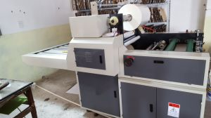 Semi-Auto Glueless Hot Lamination Machine pictures & photos
