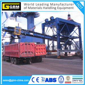 Chemical/Grain/Fertilizer Crane Cement Hopper with Conveyor pictures & photos