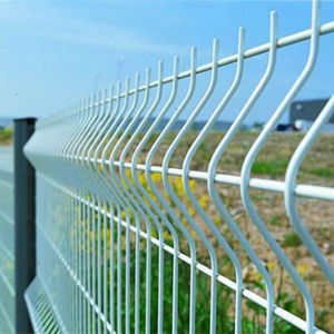 Reliable China Wholesale Metal Steel Wire Mesh Fence (WWMF) pictures & photos