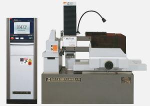 Reciprocating Molybdenum Wire Cut CNC EDM Machine Dk7750 pictures & photos